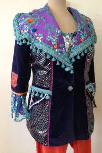 Carnavalsjas gepimpte buster paars blauw fluweel