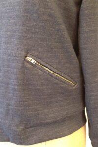 Bomberjack in tricot, gemaakt door Marja in de  naailes bij Atelier Cilhouette