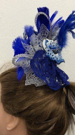 Dames hoofdtooi carnaval gemaakt in de naailes Atelier Cilhouette
