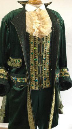 prins carnavalsjas piraatmodel atelier cilhouette in groen fluweel