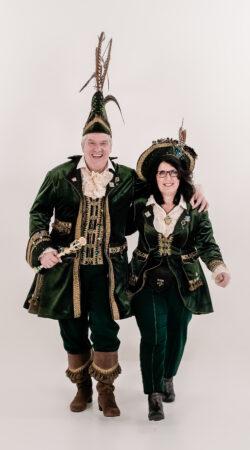 prins en adjudant , groen velvet kostuum met steek